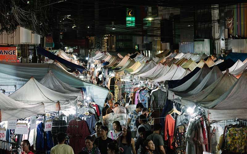 Pratunam-Shopping-photo